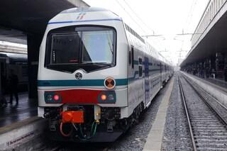 Novara, senza biglietto dà un pugno al capotreno (che decide di proseguire per non fare ritardo)