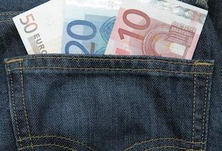 Gli 80 euro in busta paga restano (per ora)