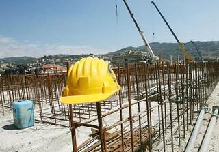 Dramma sul lavoro a Enna, precipita dal tetto durante i lavori: Angelo muore sul colpo