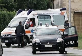 """Bari, accoltellato e ucciso in strada, 17enne confessa: """"Mi sono difesa, voleva uccidere me e mamma"""""""