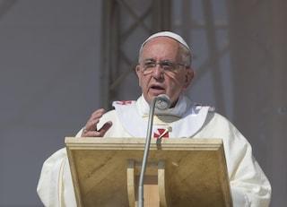 Dal Vaticano indulgenza plenaria e assoluzioni collettive per malati di coronavirus e chi li assiste