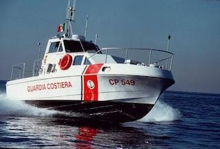 GC salva 90 migranti in acque maltesi, li prenderà Malta. 109 persone a bordo di Ocean Viking