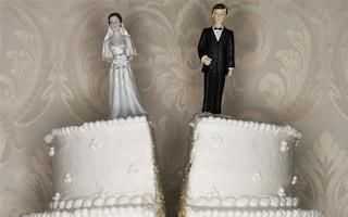 Fasano, resta incinta e si fa sposare, ma il figlio è dell'amante: deve risarcire il marito