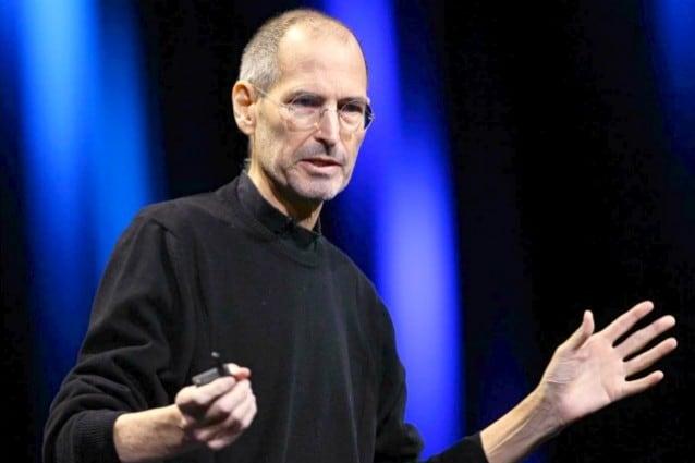 Steve Jobs annuncia le sue dimissioni alla guida di Apple [VIDEO]