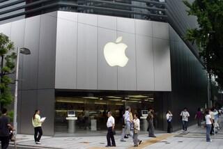 Se sei gentile, i dipendenti Apple possono ripararti i prodotti gratis