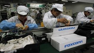 Il lato oscuro degli iPhone: così nascono nella Foxconn, la fabbrica-carcere
