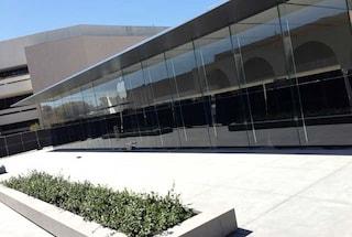 Apple svela a Stanford un nuovo design per i suoi Store