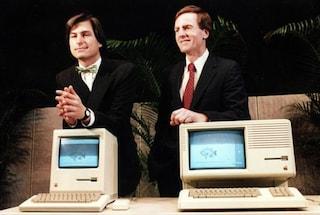 John Sculley ammette: Tim Cook sta facendo un ottimo lavoro senza imitare Steve Jobs