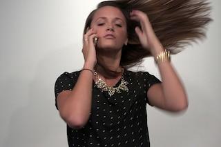 L'iPhone 6 strappa i capelli, scoppia il caso Hairgate [VIDEO]