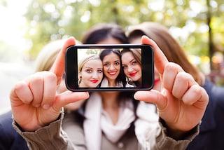 No, il tuo naso non è grande come nei tuoi selfie