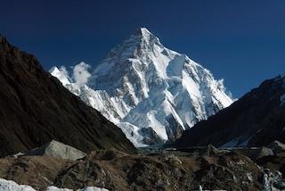 Rifiuti sul monte K2: l'inquinamento dei trekker a 7mila metri