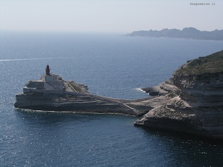 Sardegna e Corsica non sono isole solo per vip
