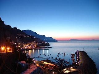 Alla scoperta della Costiera Amalfitana: mare, paesaggi e borghi incantati