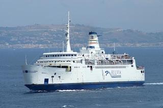 Traghetti per Capri, Ischia, Procida: disagi per la protesta dei disoccupati
