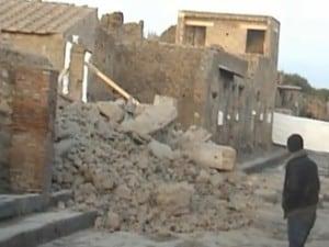 Pompei scavi, dopo il crollo della casa dei gladiatori