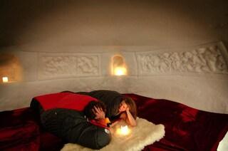 Dormire nella neve nell'Engelberg iglu Dorf in Svizzera, Austria e Andorra
