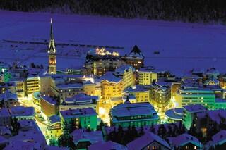 Cosa fare a St. Moritz a Capodanno: veglione in montagna in Svizzera