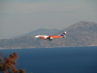 Come raggiungere Rodi viaggiando in aereo o via mare