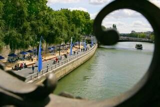 La spiaggia di Parigi: voglia di mare lungo la Senna [VIDEO]