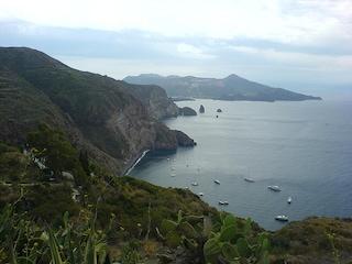 In viaggio tra le Isole Eolie da Lipari a Vulcano