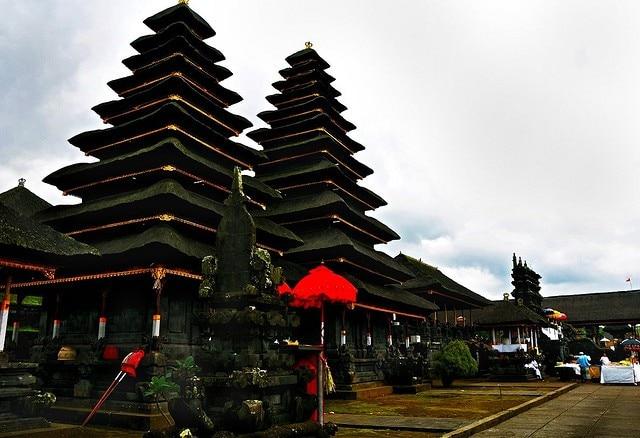 bali tempio madre di besakih