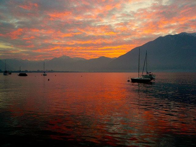 lago maggiore alba