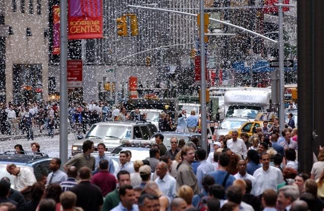 Fiocchi di neve sui newyorkesi (Frank Micelotta/ImageDirect)