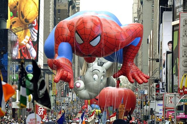 Il Macy's Thanksgiving Day Parade del Giorno del Ringraziamento (AFP / Timothy A. Clary)