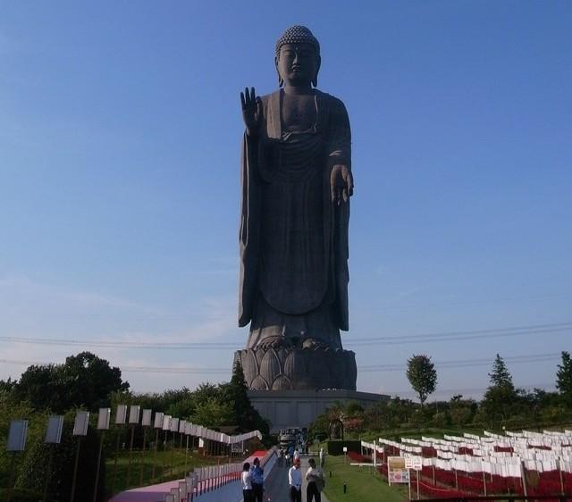statue buddha giappone