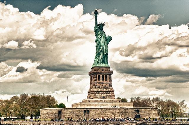 statue liberty island