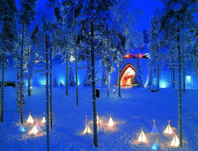 Rovaniemi Finlandia Villaggio Di Babbo Natale.Rovaniemi La Citta Di Babbo Natale In Finlandia