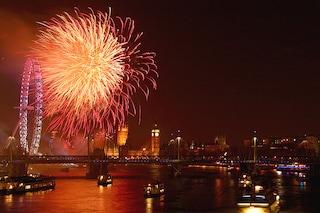 Capodanno nel mondo: fuochi d'artificio, feste in piazza e musica