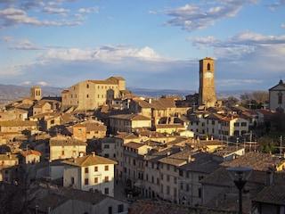 Anghiari, in Toscana la storia si concentra in un piccolo borgo