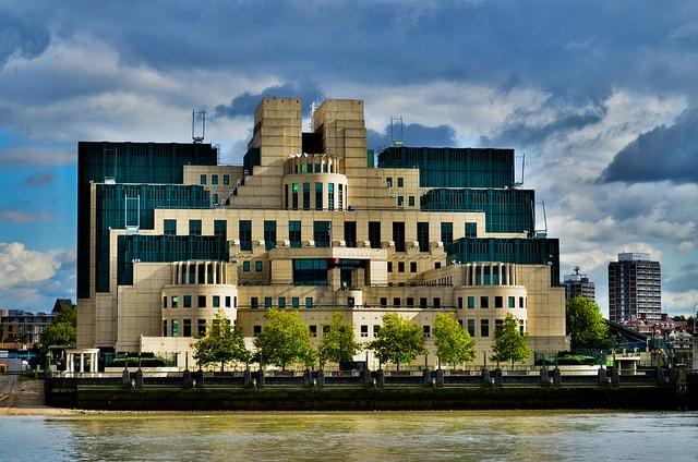 MI6 Londra