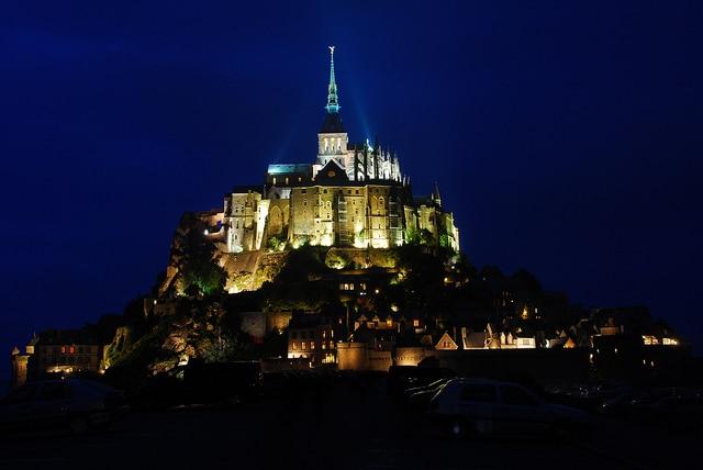Mont Saint-Michel, notturna