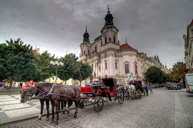 Praga trasporti