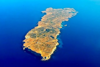 Lampedusa e Linosa: le limpide spiagge delle Isole Pelagie e come arrivare
