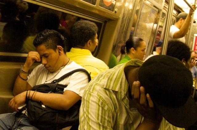New York, dormire in metro