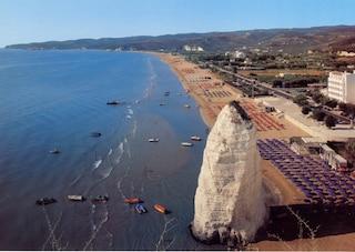 Estate a Vieste, vacanze al mare nel centro divertimenti del Gargano