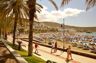 Volare a Tenerife, l'isola delle Canarie dal divertimento assicurato