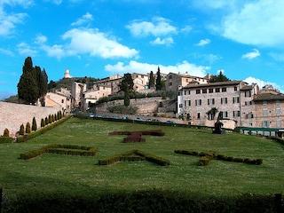 Visitare Assisi: una suggestiva città medioevale nel cuore dell'Umbria