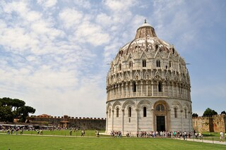 Cosa vedere a Pisa: passeggiata tra nobili palazzi e luminosi Lungarni