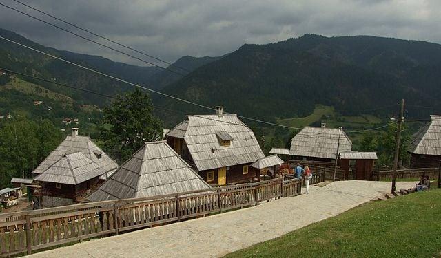 Il villaggio di Kusturica in Serbia