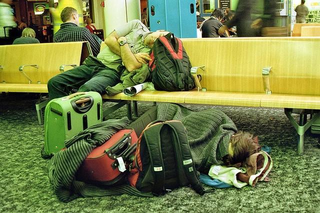 Questo è quello che succede quando le compagnie non comunicano ai passeggeri i loro diritti di assistenza