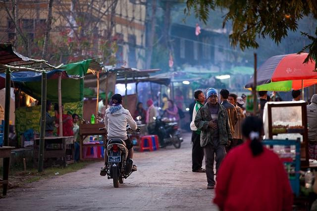 Mercato birmano