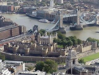 Tour tra gli edifici reali di Londra: tra monumenti noti e segreti silenziosi