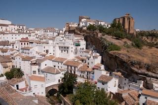 Lo strano paese divorato dalle rocce: Setenil de las Bodegas, in Spagna