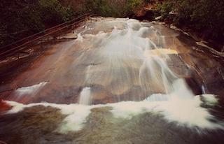 Sliding Rock: lo scivolo naturale più divertente del mondo