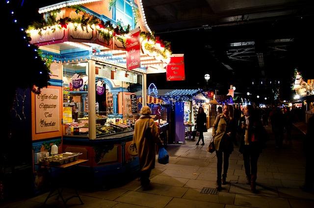 Mercatini di Natale a Londra. Foto di Garry Knight