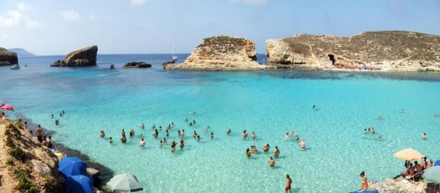 Le spiagge di Comino [Foto di Ondablv]